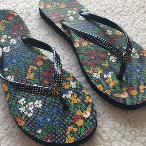 Tory Burch Flip Flops NEW Polka Dot and Flowers